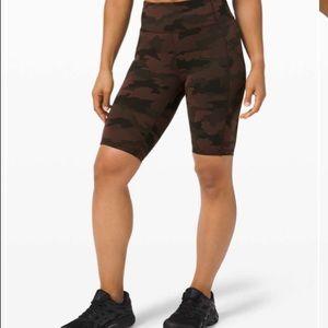 "NWT invigorate shorts 10"" size 4"